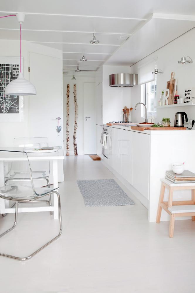 Lovely scandinavian cottage_kitchen