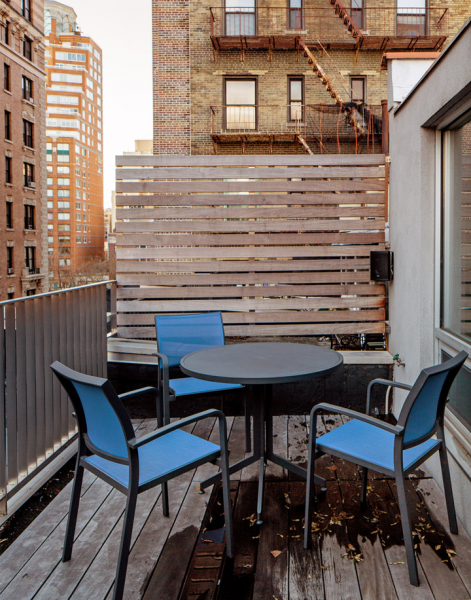 Original apartment in NYC_balcony