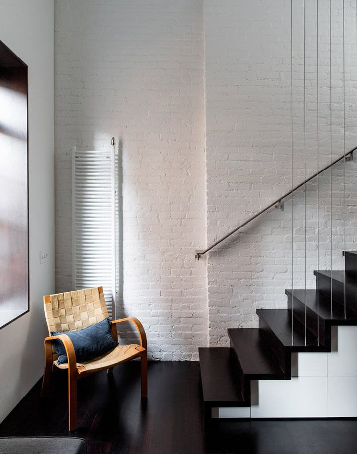 Original apartment in NYC_white brick walls and stairs