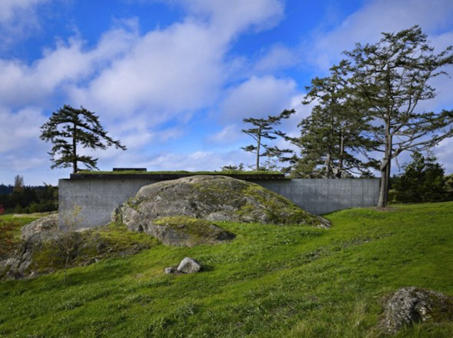 House on a rock_11