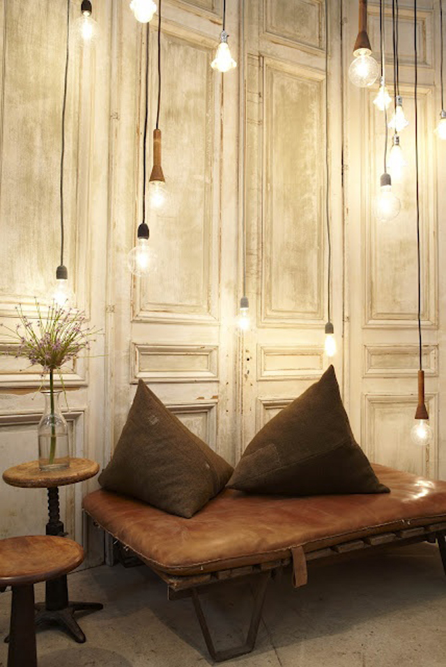 Nook of the day, pendant lights