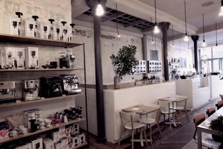 Places Cafe Coutume Paris_11